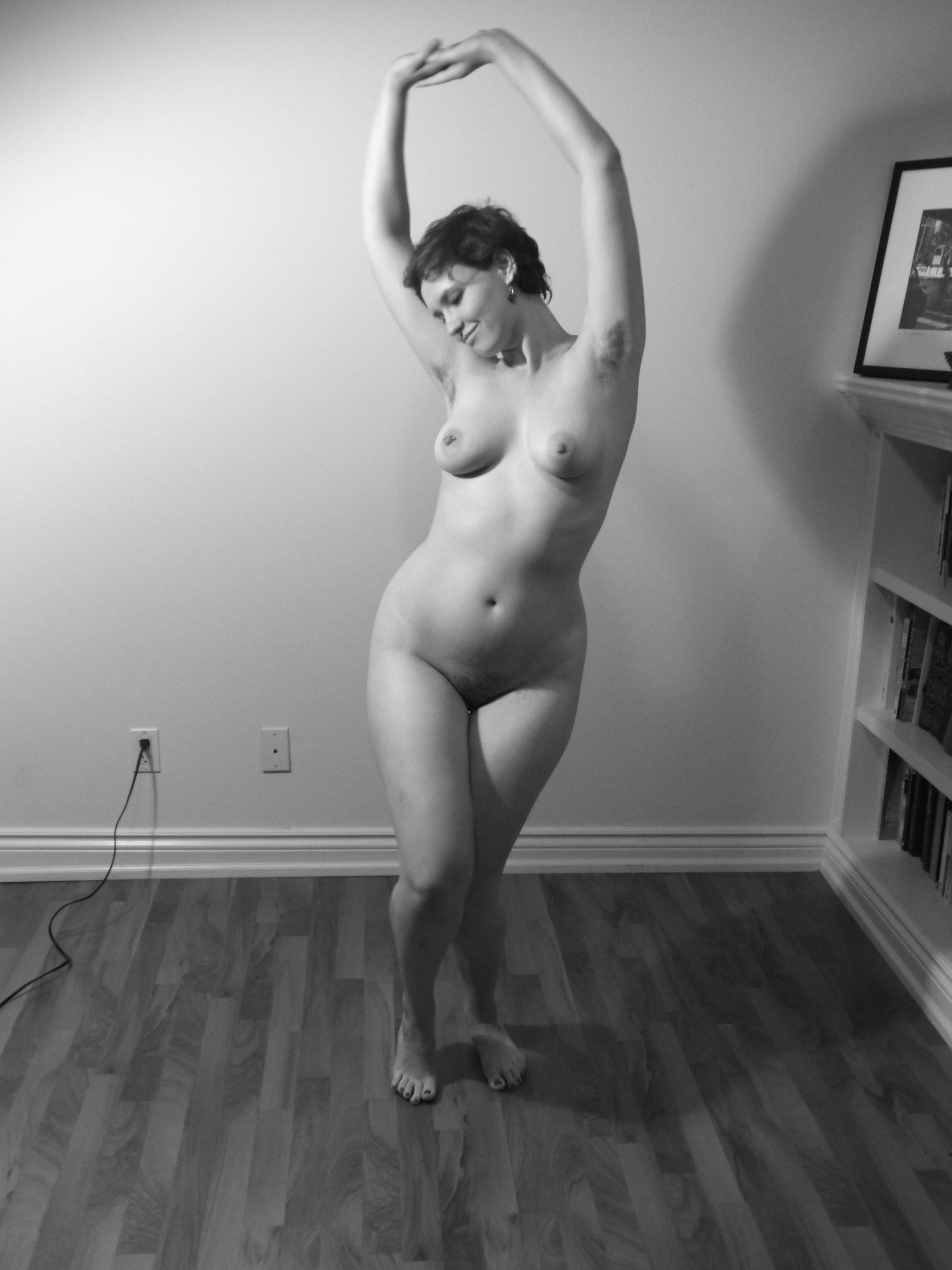 nude amateur fit girls
